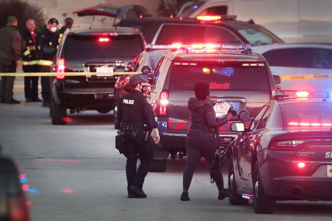 Polícia de Wisconsin no local