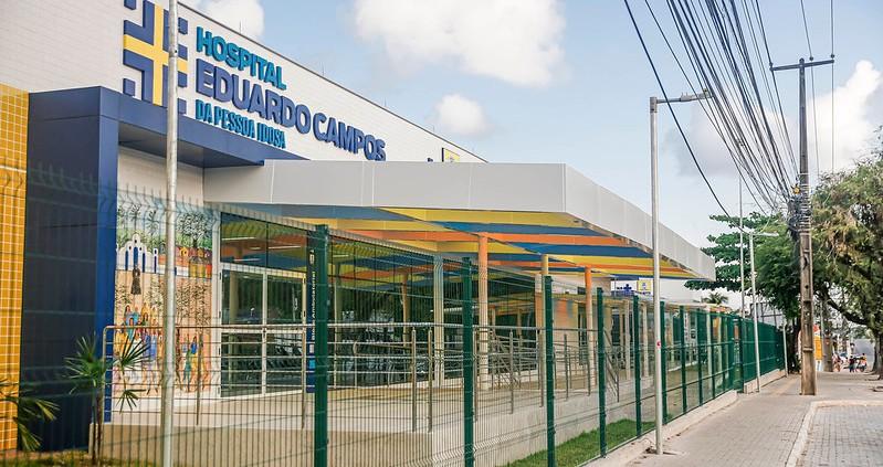 O Hospital da Pessoa Idosa fica na Avenida Recife, próximo ao Hospital Geral de Areias