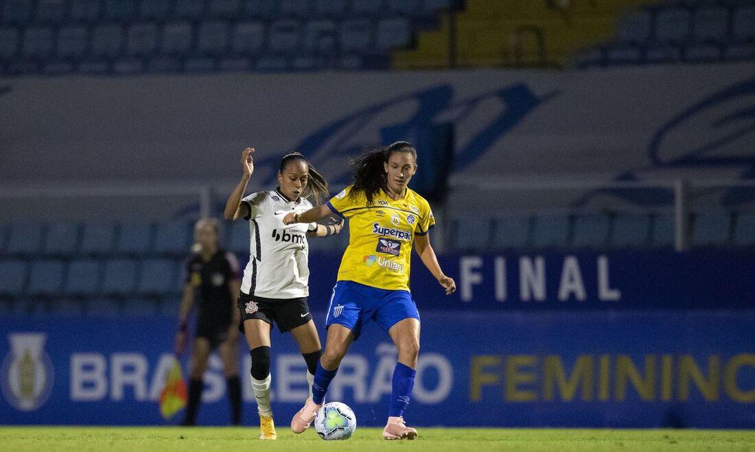 Avaí/Kindermann x Corinthians ficam no 0x0, pelo jogo da ida da final do Brasileiro A1