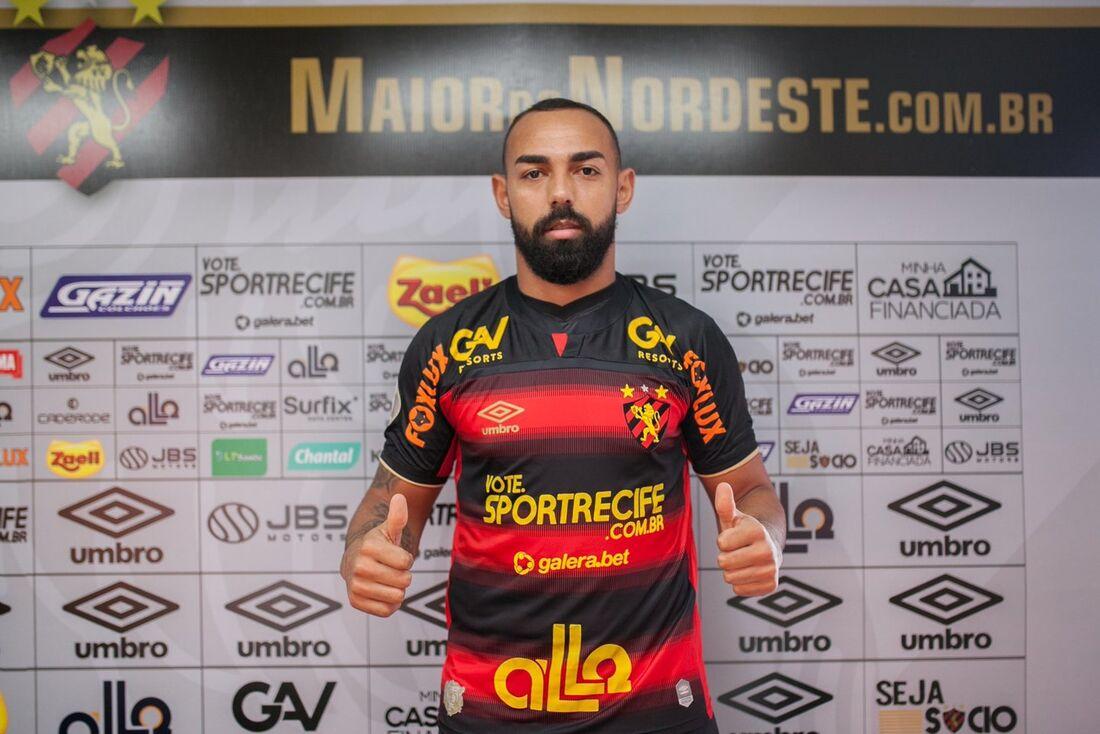 Dalberto, novo atacante do Sport