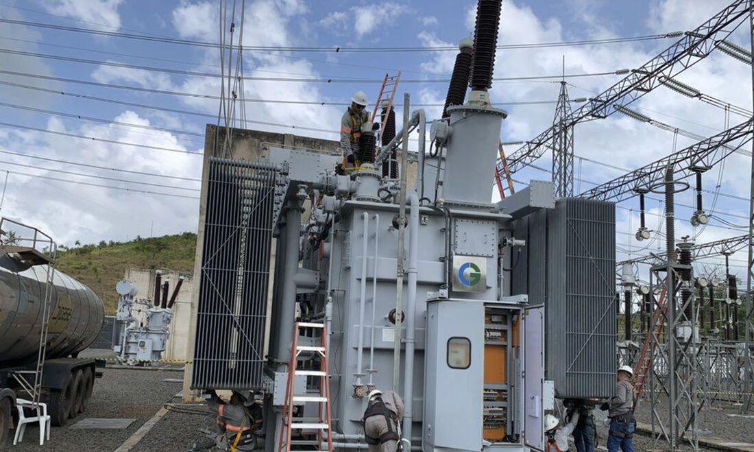 Transformador que pegou fogo em uma subestação em Macapá, capital do Amapá