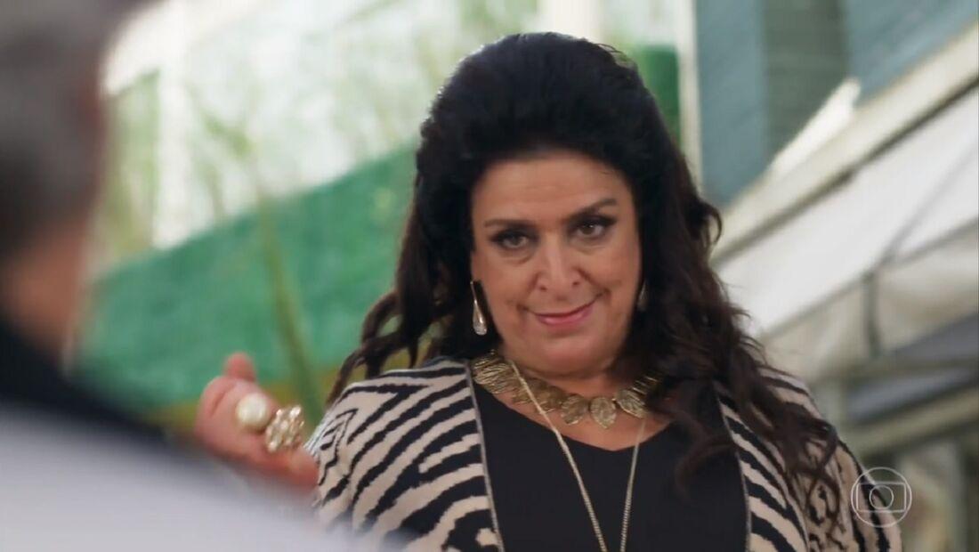 Teodora Abdala, personagem da novela Haja Coração