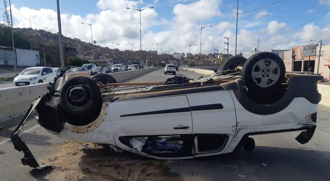 Acidente na BR-104, em Caruaru
