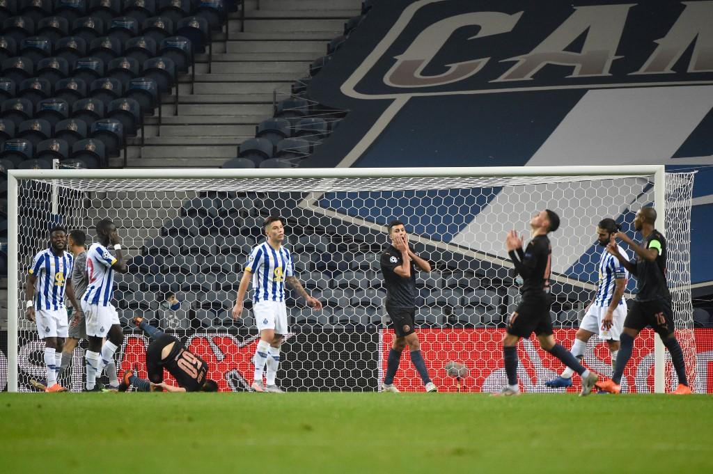 Porto garantiu a classificação às oitavas de final da Liga dos Campeões ao ficar no empate sem gols com o Manchester City