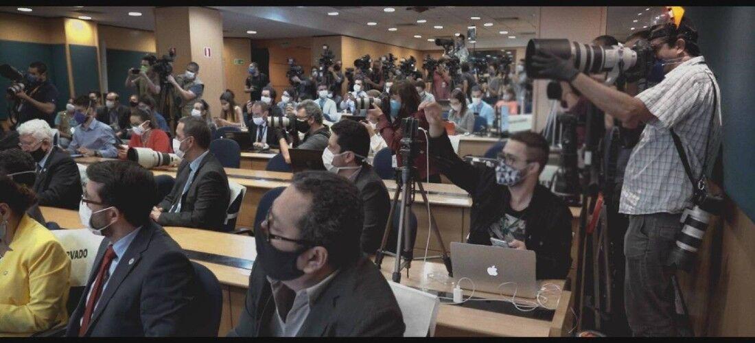 Cercados - A Imprensa Contra o Negacionismo na Pandemia