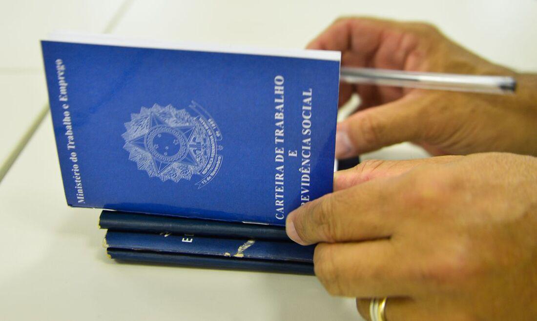 Estados que registraram o maior número de benefícios emergenciais foram São Paulo, Minas, e Rio