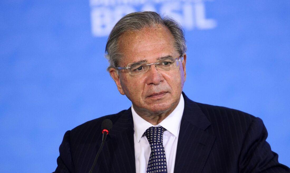Guedes negocia com Congresso plano escalonado para recuperar economia - Folha PE