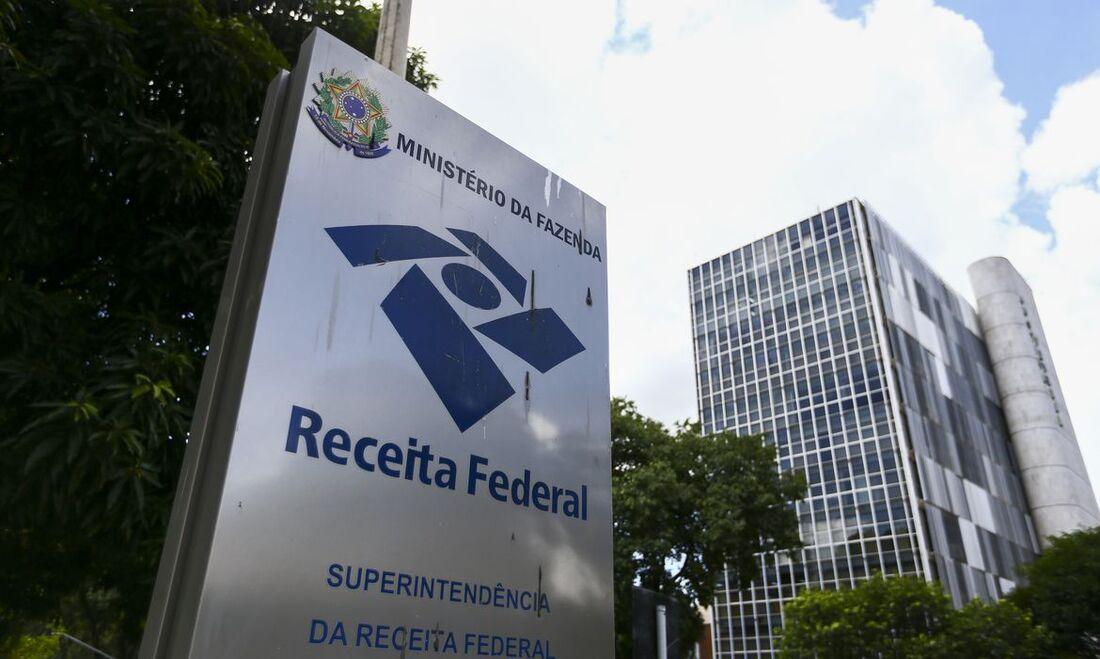Relatório aponta ainda o grau de dependência das transferências de recursos federais na composição das receitas dos estado