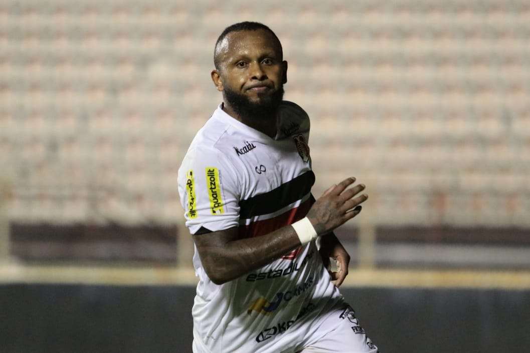 Chiquinho é uma das esperanças de gol do Santa contra o ABC