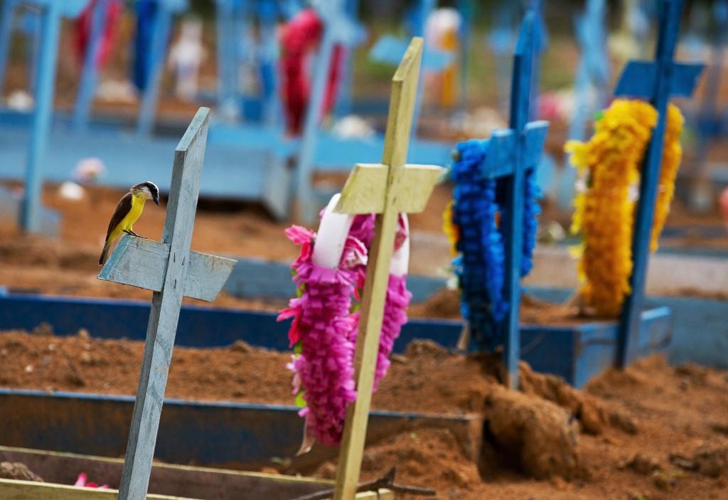 Cemitério de Nossa Senhora Aparecida, em Manus