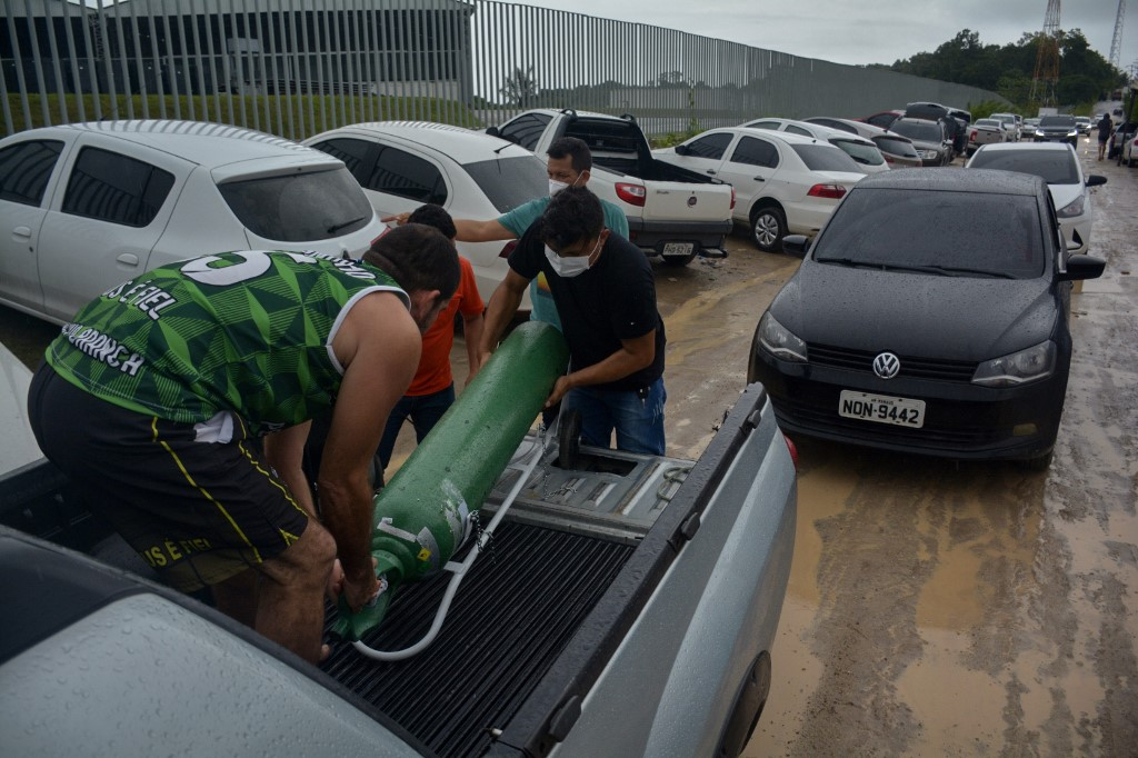 Manaus enfrenta um caos com a segunda onda da Covid-19