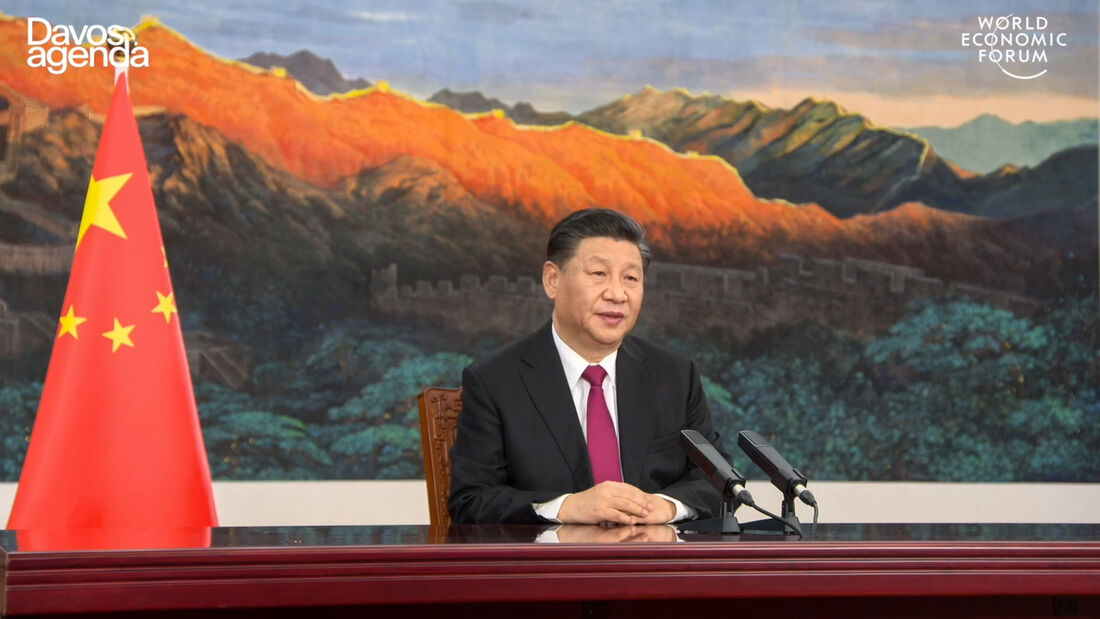 Captura de vídeo, tirada em 25 de janeiro de 2021, do site do Fórum Econômico Mundial, mostrando o presidente da China, Xi Jinping