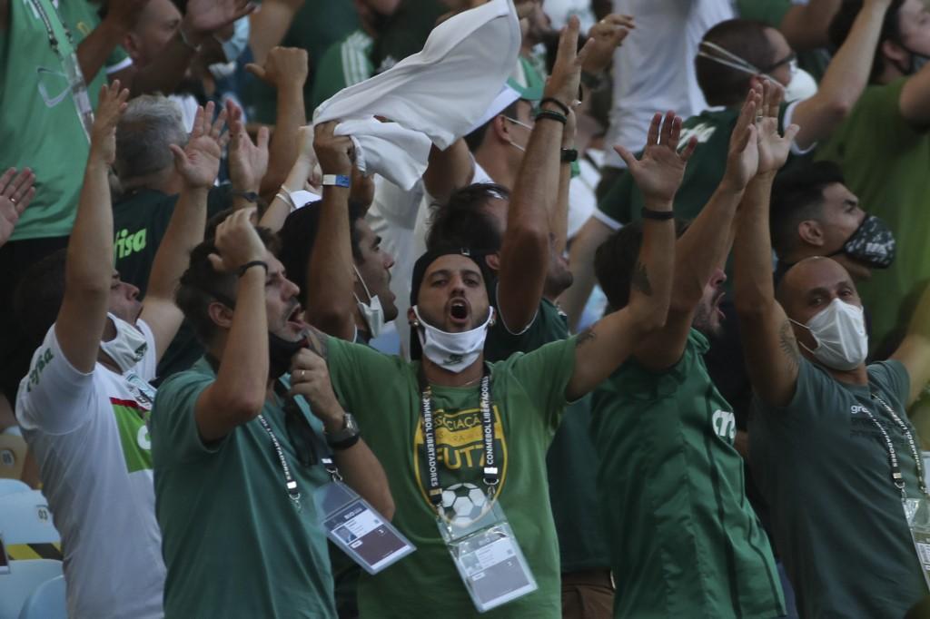 Torcida do Palmeiras no Maracanã