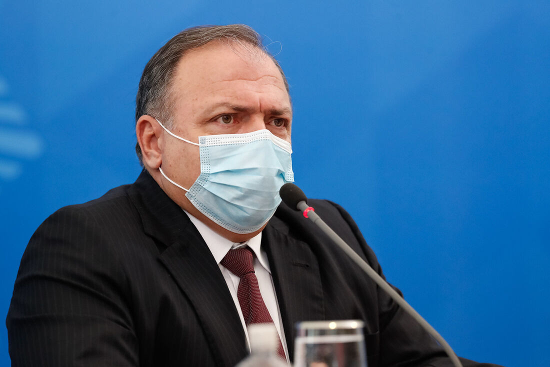 Ex-ministro Pazuello