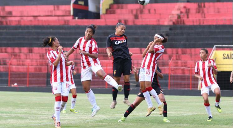 Sport e Náutico se enfrentam no Estádio Ademir Cunha