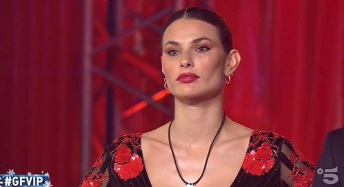 A brasileira Dayane Mello no reality italiano