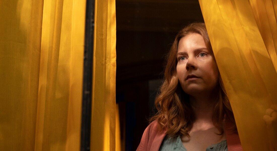 """""""The Woman in The Window"""" está entre os lançamentos da Netflix"""