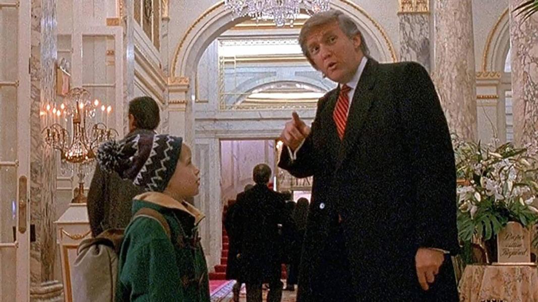 Cena de Donald Trump em 'Esqueceram de Mim 2' com Macaulay Culkin