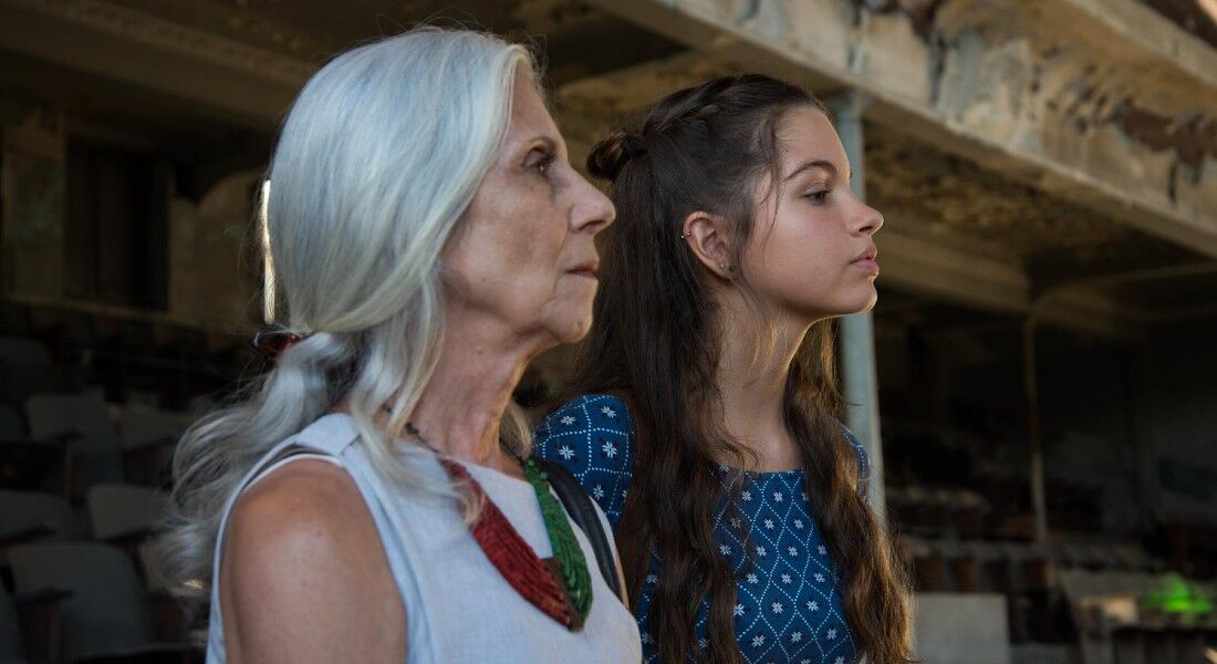 """""""Guerra de Algodão"""" mostra relação entre avó e neta"""