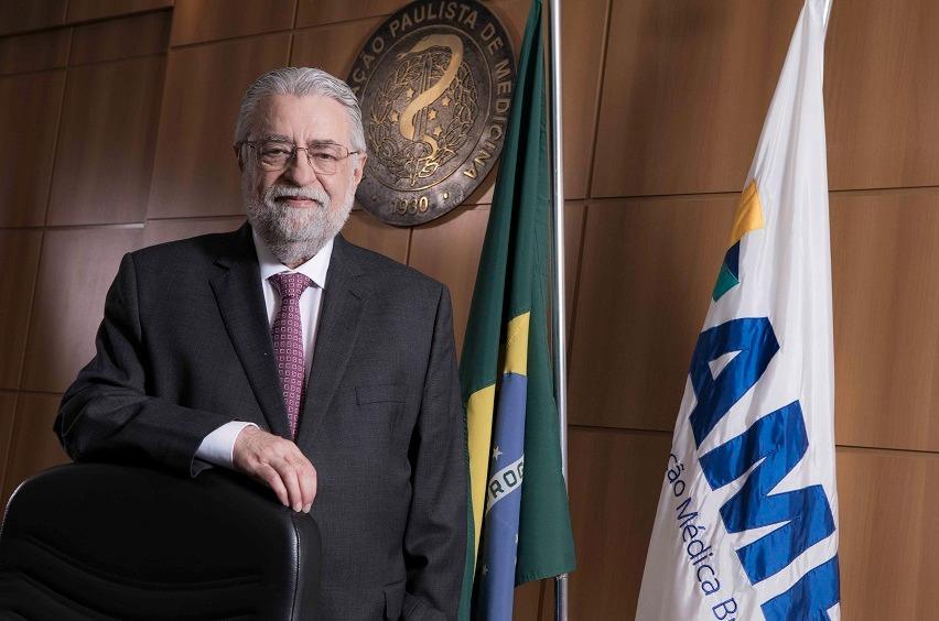 César Eduardo Fernandes, predidente da Associação Médica Brasileira
