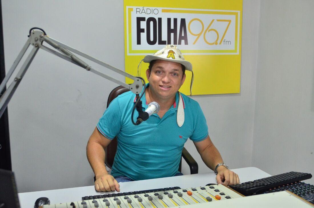 Radialista Sérvulo Ferreira, o Abidoral