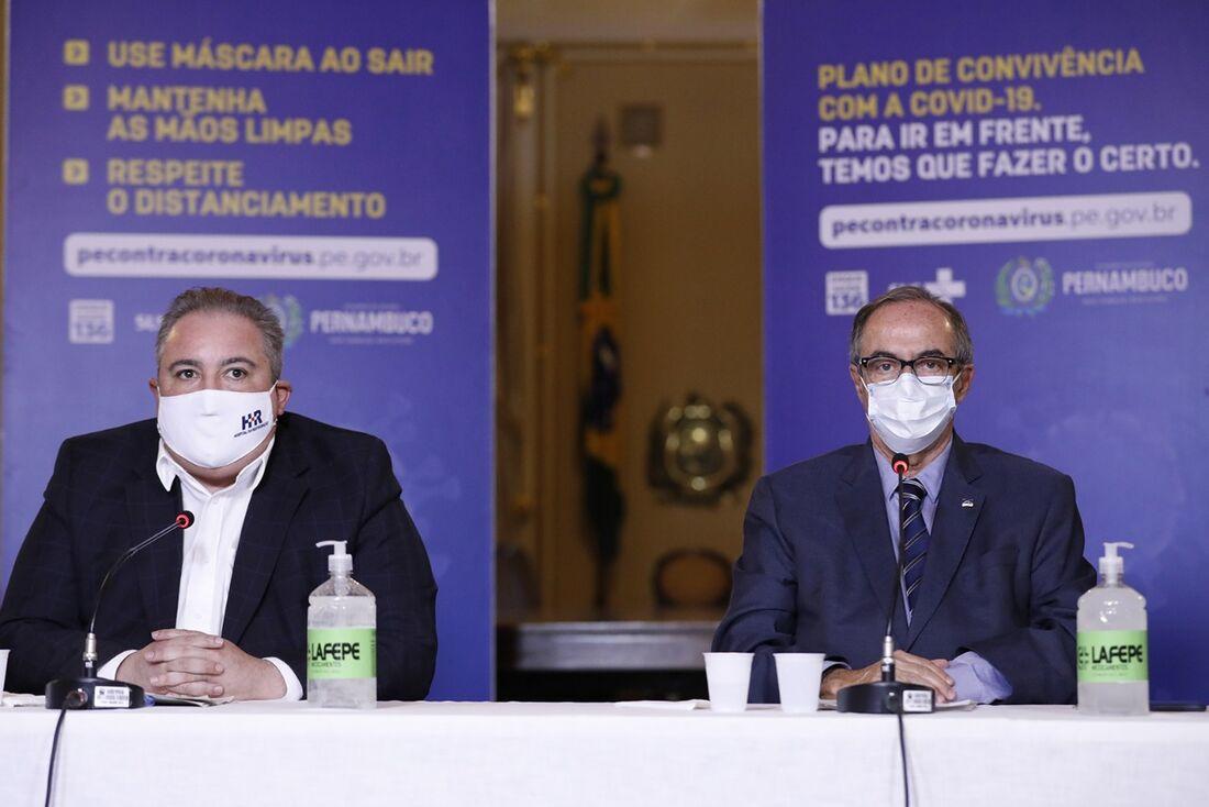 André Longo e Pedro Eurico, secretários de Saúde e de Justiça e Direitos Humanos de Pernambuco