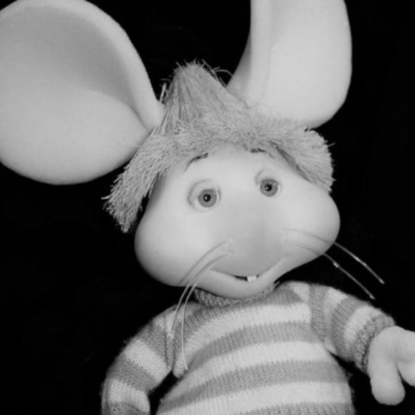 O boneco do ratinho Topo Gigio