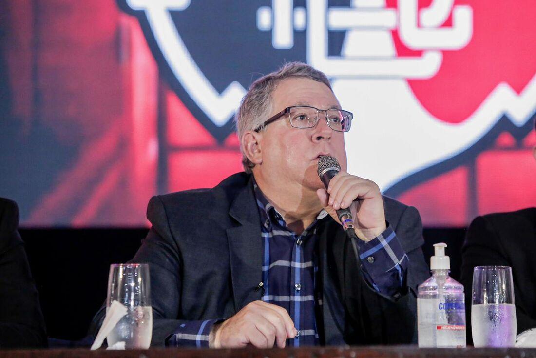 Joaquim Bezerra, novo presidente do Santa Cruz