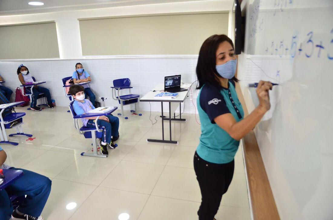 Sala de aula de colégio particular