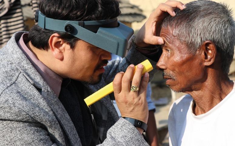 Pesquisa de tracoma no Nepal
