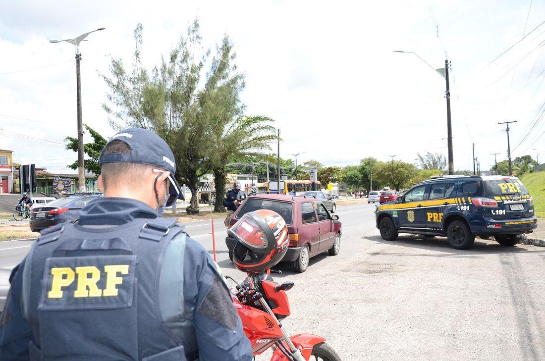 Detran-PE e Polícia Rodoviária Federal