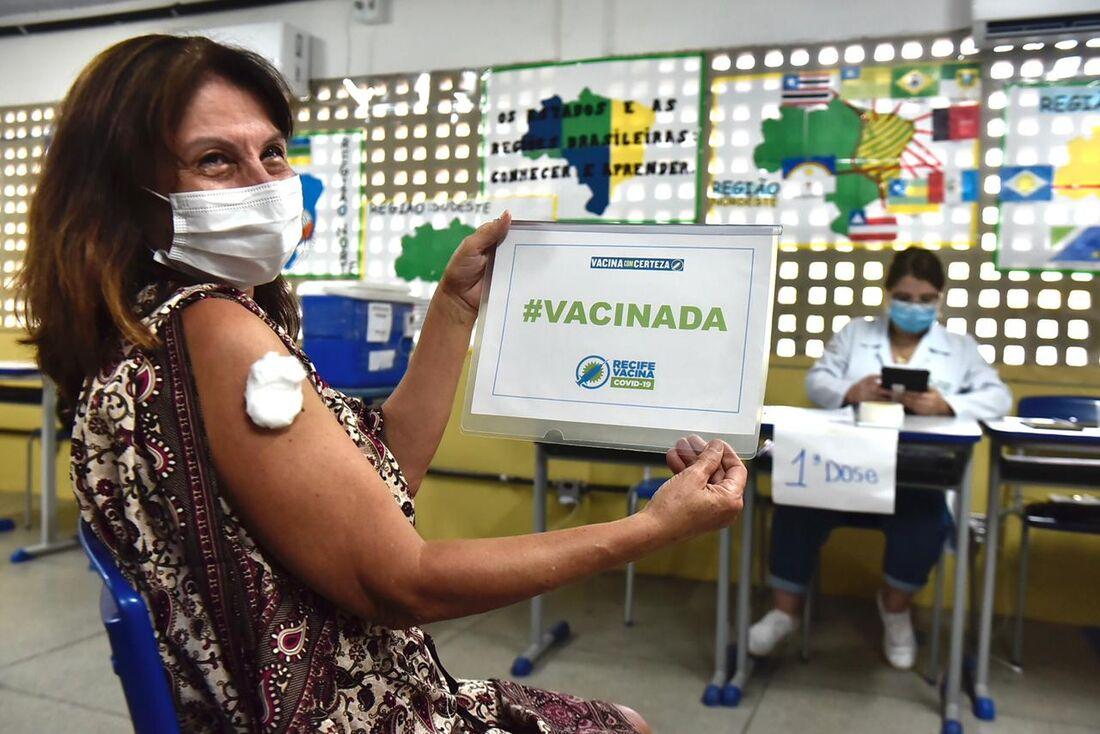 Vacinação contra a Covid-19 no Recife