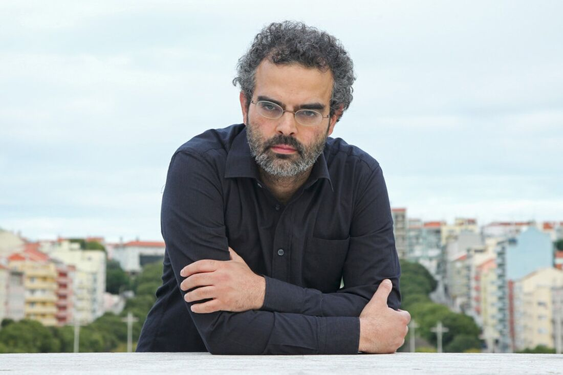 O premiado escritor português Gonçalo M. Tavares