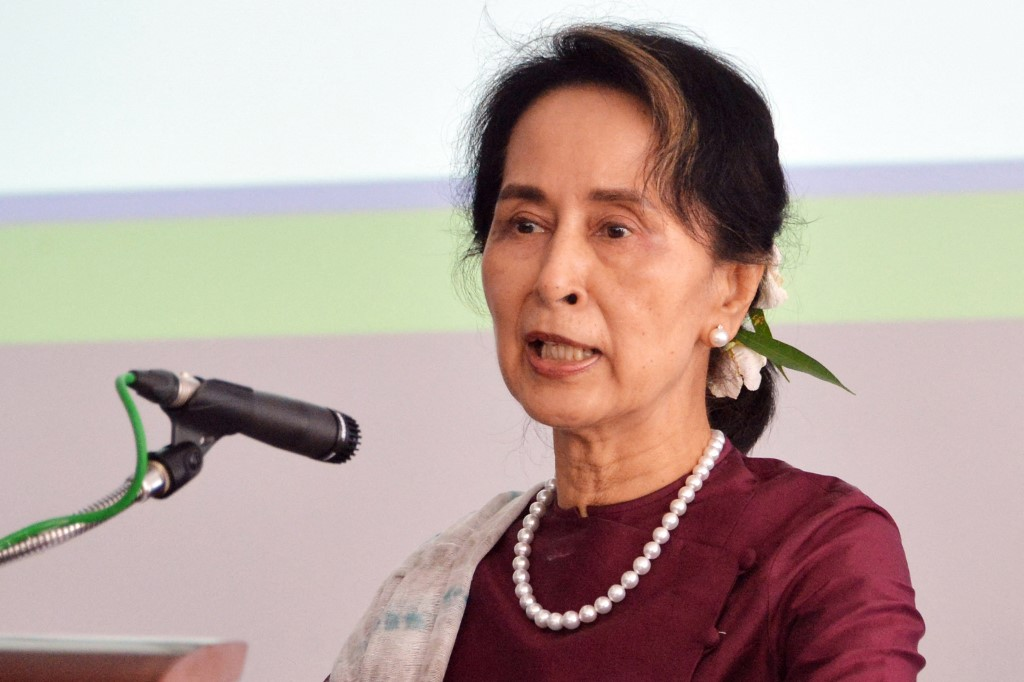 A líder civil Aung San Suu Kyi, conselheira de Estado e vencedora do Nobel da Paz