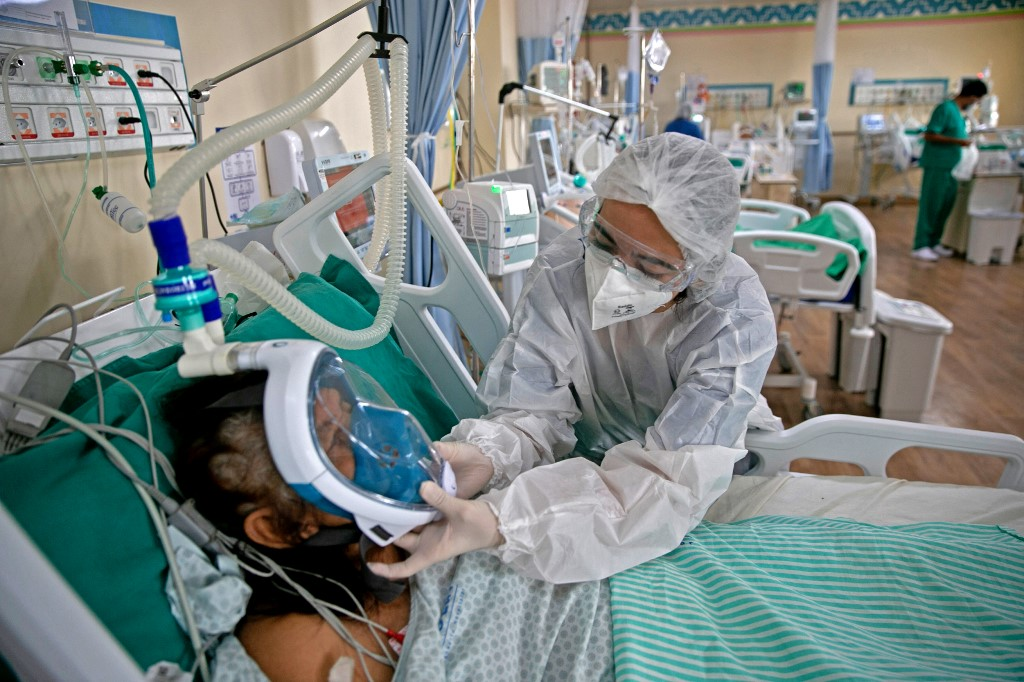 Além das 12.941 pessoas internadas na UTI, 16.171 pacientes estão na enfermaria
