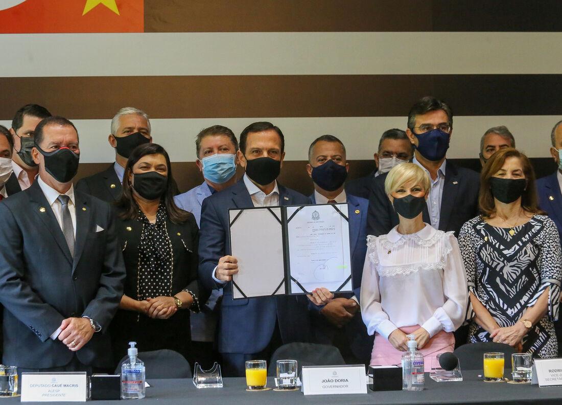 Doria em reunião com Deputados da Frente Evangélica Estadual e Nacional