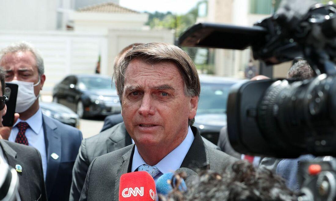 Presidente Jair Bolsonaro em entrevista após almoço com embaixadores de países do Golfo Pérsico