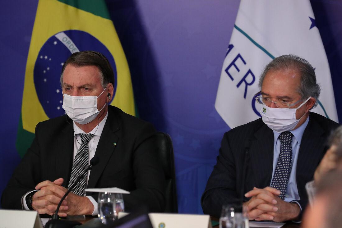 Bolsonaro defende revisão de tarifas do Mercosul e deixa encontro antes do  fim - Folha PE
