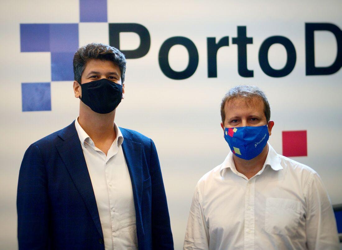 Presidente  do BNDES, Gustavo Montezano (E), e do Porto Digital, Pierre Lucena (D)