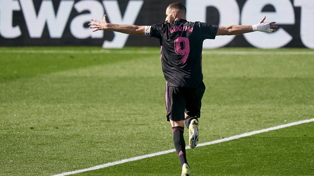 Benzema marca duas vezes, e Real Madrid vence o Celta no Espanhol