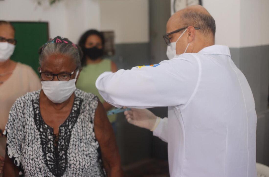 Vacinação em Olinda contra Covid-19