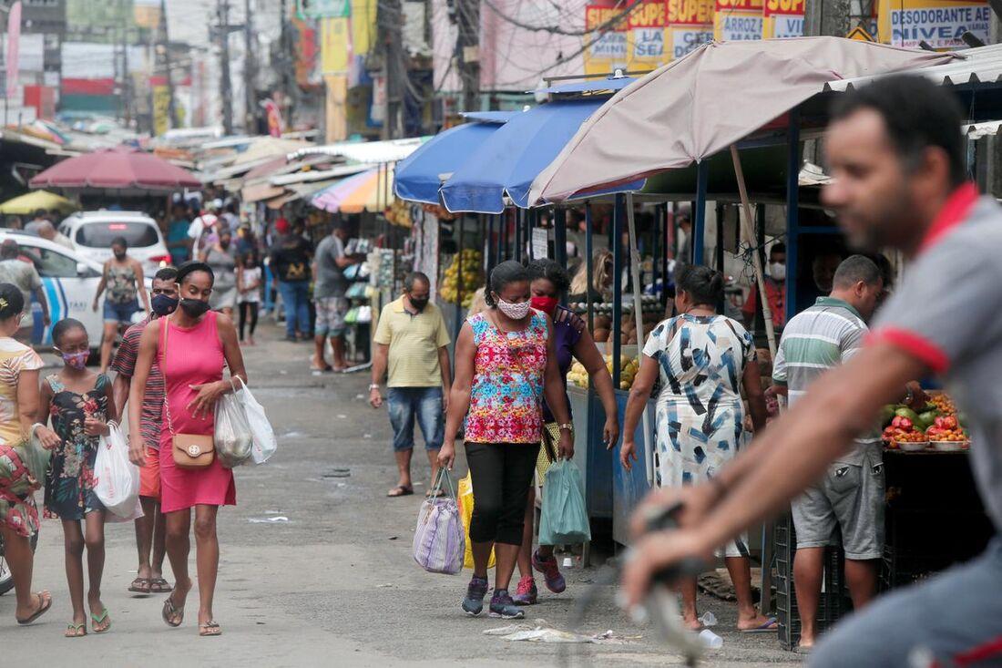 Condução da pandemia no País tem deixado a desejar e gerado problemas sérios
