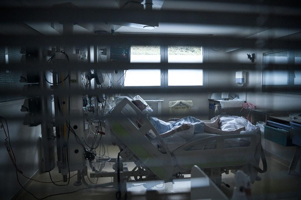 Paciente internado no Hospital Saint-Camille, na França