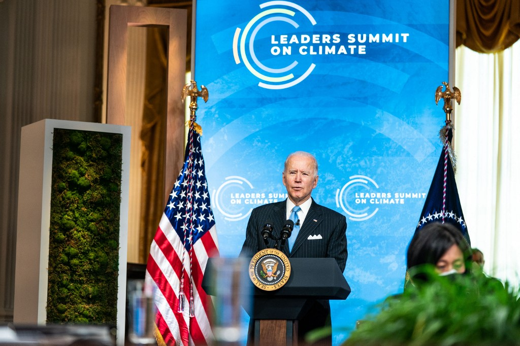 Presidente Joe Biden em último dia da Cúpula do Clima