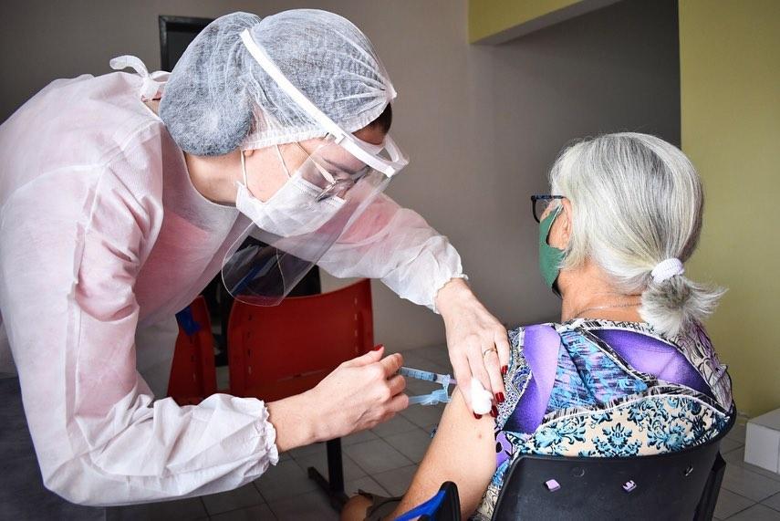Vacinação contra a Covid-19 em São Bento do Una