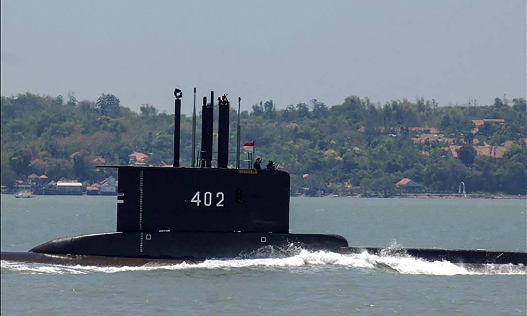 Buscas pelo submarino começaram nesta quarta-feira