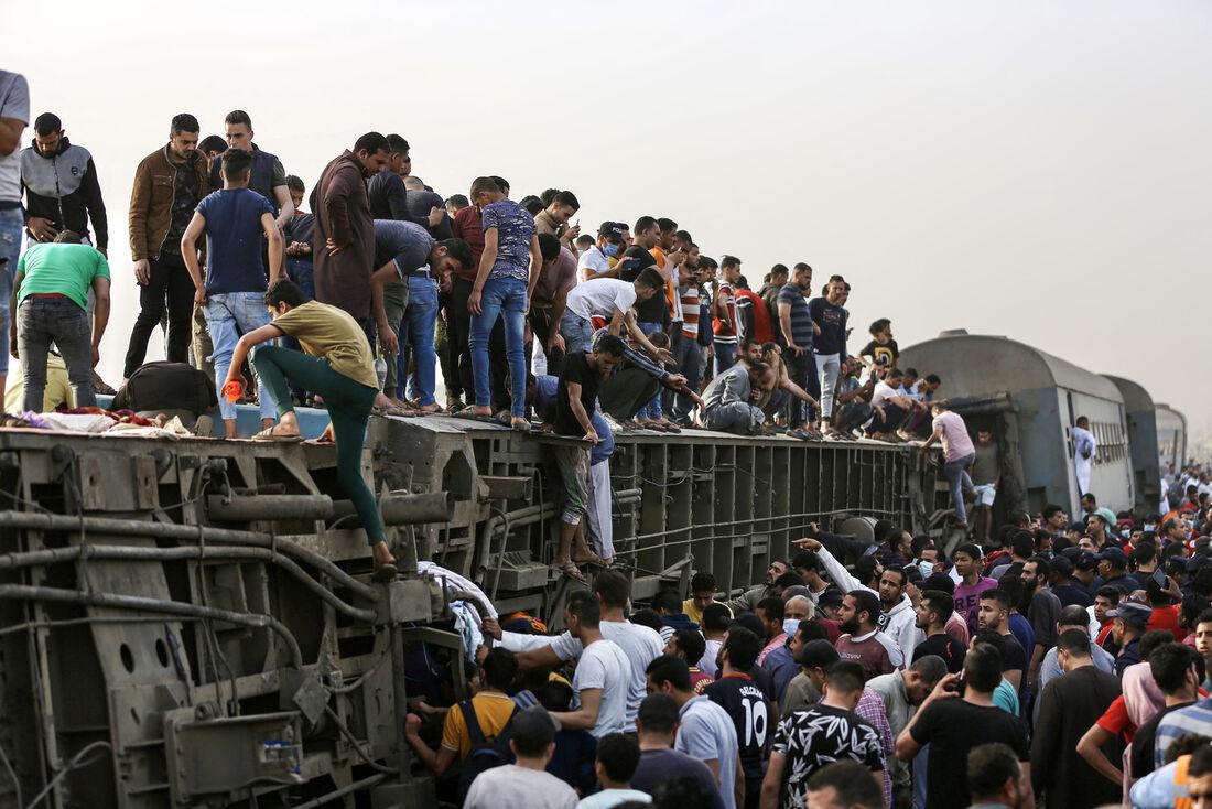 Acidente ferroviário no Egito deixa mais de dez mortos