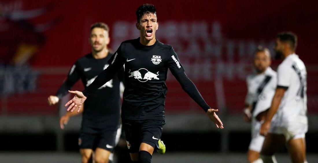 Pedrinho marcou seu primeiro gol com a camisa do Bragantino