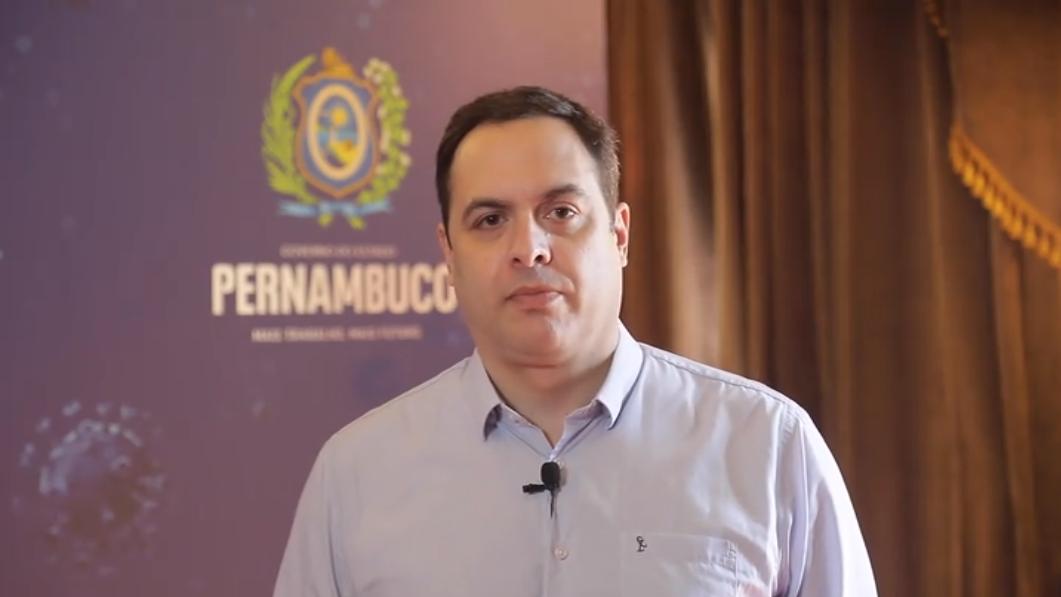 Governador Paulo Câmara anunciou prorrogação das medidas restritivas