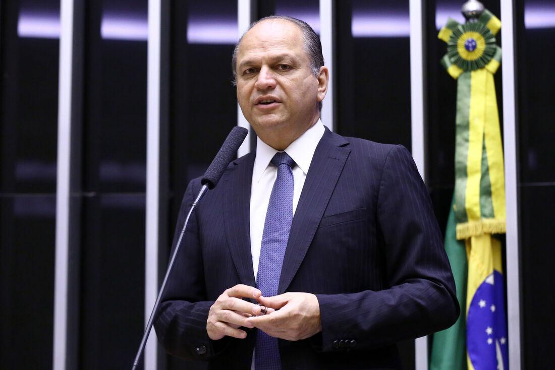 Dep. Ricardo Barros (PP - PR), líder do governo